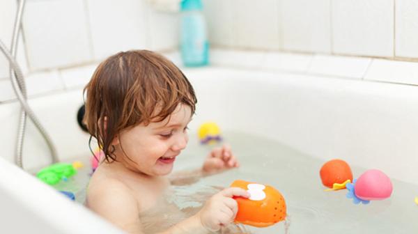 Chăm sóc vệ sinh cá nhân cho trẻ